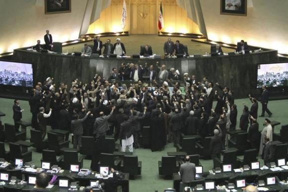 Iranian MPs propose bill to enrich uranium up to 60 percent