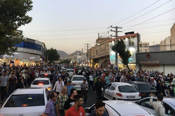 Iranian Economy on the Road to Collapse