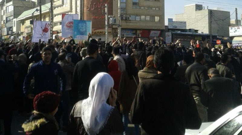 Iranian People get Angrier as Regime gets Richer, While the Poor go Hungry