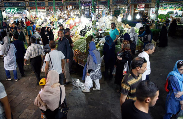 Poverty crisis in Iran worsens