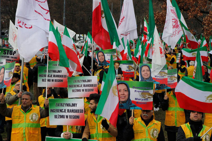 Munich: Protests against presence of Iran's Foreign Minister at Security conference