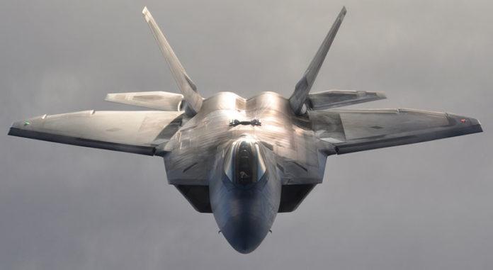 U.S. F-22 Raptor Flew Under Iran regime's Air Force F-4 Phantom