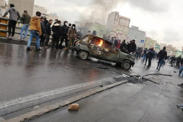 Over 130 cities spread throughout Iran are witnessing continued protests in response to a gas price hike imposed by the mullahs' regime on Friday, November 15