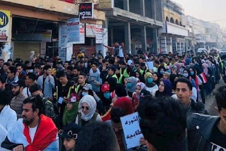 Iraqi Protesters Return to Streets