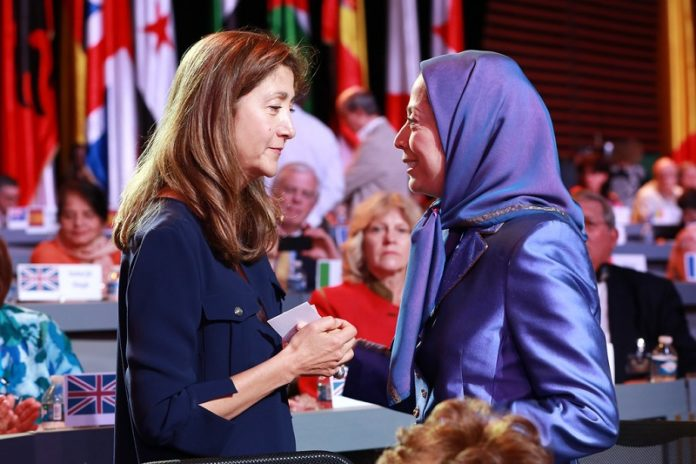 Ingrid Betancourt expresses her support for the Iranian opposition's President Maryam Rajavi
