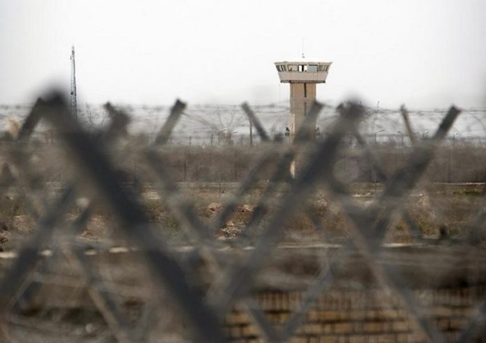 Prisoners in the Iranian regime's prisons are at risk of contracting the coronavirus due to the regime's criminal negligence, which has led to several riots in the country's prisons.