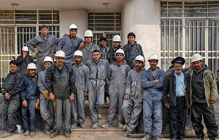 Iran Regime Loots From Workers During Coronavirus Crisis
