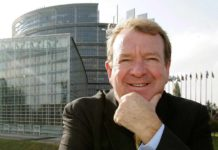 Struan Stevenson calls the IMF to do not sponsor the mullahs' regime under the excuse of countering the coronavirus