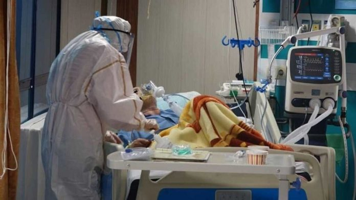 Over 41,700 people have died of the novel coronavirus in 318 cities checkered across all of Iran's 31 provinces