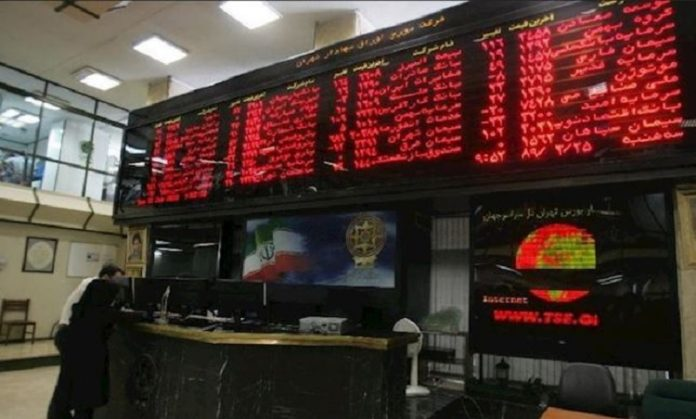 Contrary to Iranian officials' claims about the improvement of the stock market, economists describe the state as a balloon-like growth that will certainly explode in the coming months
