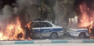 Image of cars belonging to the Iranian regime's suppressive forces being burnt by angry people because of the regime's inhuman policies, Shiraz, November 2019