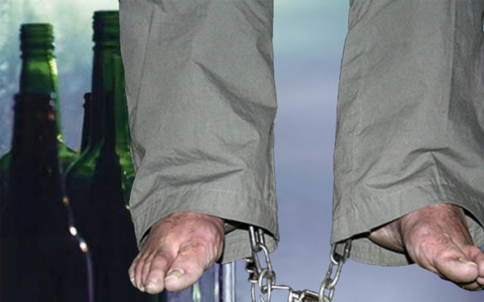 The religious dictatorship of Iran executed a 55-year-old man for drinking alcohol while officials are drinking the people's blood for over 41 years with impunity