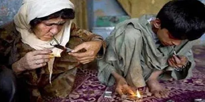 Addiction in Iran, organized by the regime