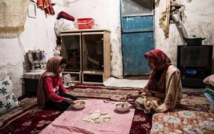 Iranian families face more hardships while the authorities insist on spending the country's national resources on costly foreign policies and oppressive measures