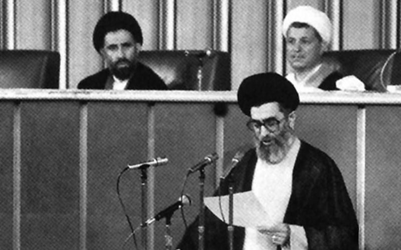 Hashemi Rafsanjani nominated Ali Khamenei to the supreme leader's seat during the Assembly of Experts' urgent meeting on June 4, 1989