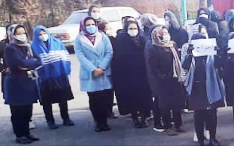 Rally by Employees of Telecommunications Company in Northwestern Iran