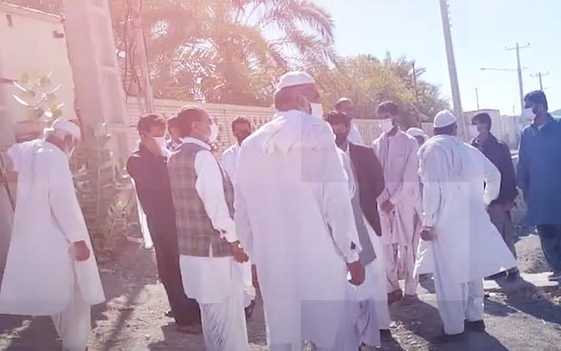 Rally by Nazarabad Villagers in Front of Governorate