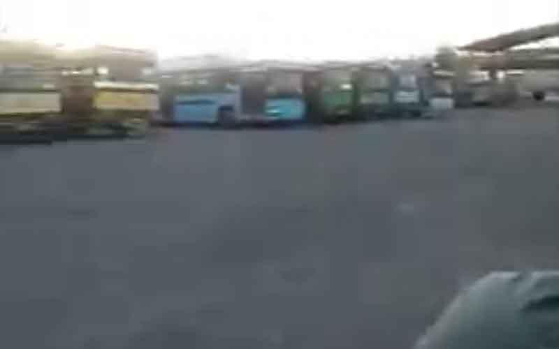 Reli Sopir Taksi dan Bus