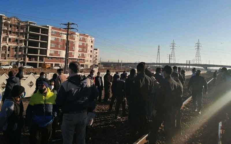 Rally of HEPCO Workers—Iranians continue protests on February 15