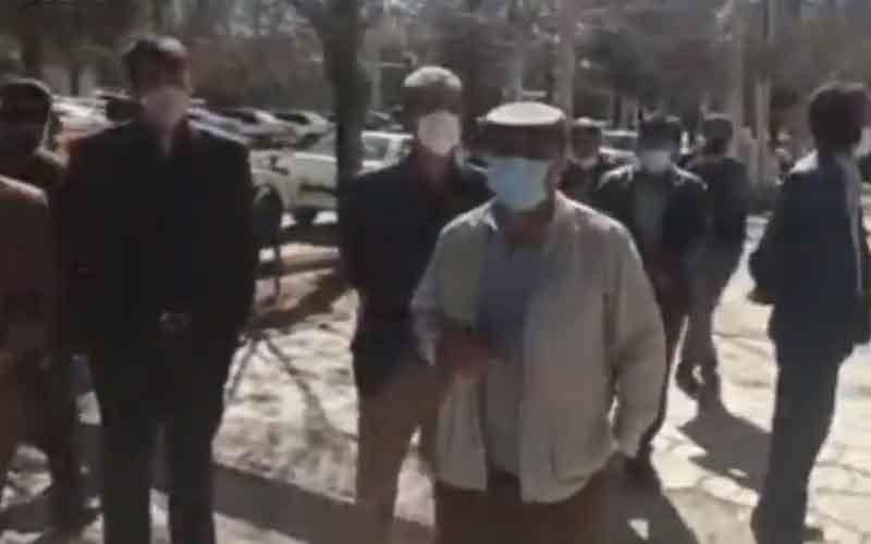Reli Staf Organisasi Air — Warga Iran melanjutkan protes pada 5 Februari