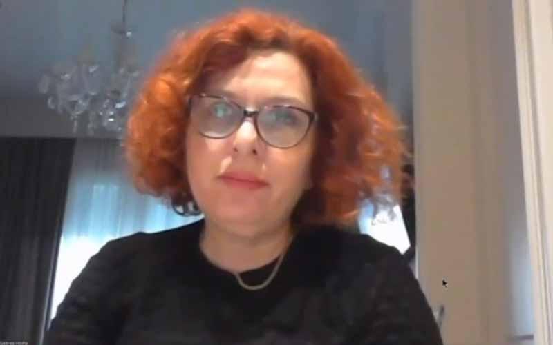Elona Gjebrea, Sekretaris Komite Urusan Luar Negeri Parlemen Albania dan mantan Wakil Menteri Dalam Negeri Albania, pada sesi online internasional menandai Ramadan